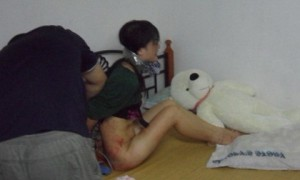 cuop-hiep-vo-ban-vi-moi-ruou-khong-uong-hamhiep_22-09-2012-01-22-29