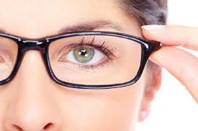 Mắc tật cận thị cần tìm hiểu kĩ khi mổ mắt