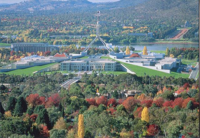 Chuyến đi Canberra